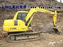 维修小松挖掘机怠速加不起油 小松挖掘机的维修电话