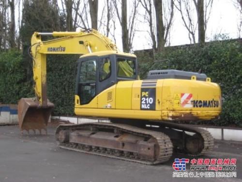 济南二手挖掘机 出售二手小松210-7进口挖掘机