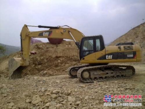 维修重庆璧山日立ZX360H-3挖掘机行走向右跑偏