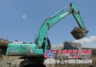 挖掘机维修-修理锦江区神钢挖掘机憋车水温高