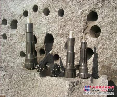 供应165钎头KQG150潜孔钻机配件