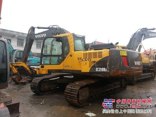 重庆原装二手沃尔沃210B进口挖掘机,特价销售