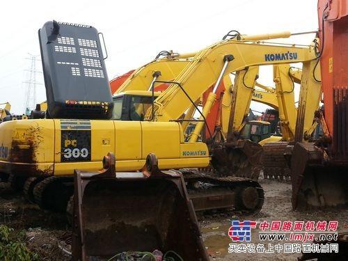二手小松300-7挖掘机出售,上海低价二手挖掘机交易市场
