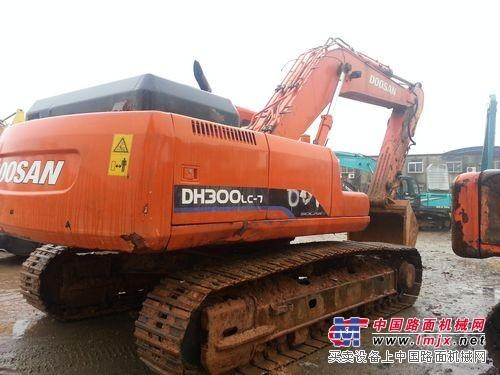 斗山300LC-7大型二手进口挖掘机,原装优惠价处理中