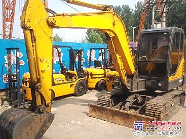 维修各种型号装载机和挖掘机,免费咨询