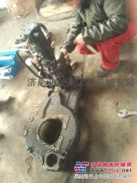山猫S300滑移装载机液压泵组总成大修