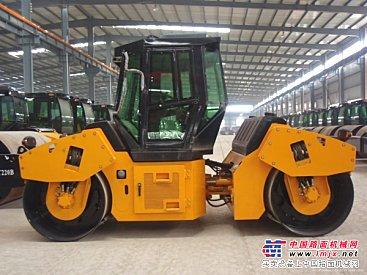 上海长宁区沥青道路改造路面沥青修补出租压路机平地机-
