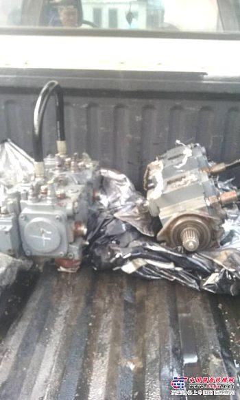 维特根WL2500K冷再生用液压泵维修校验