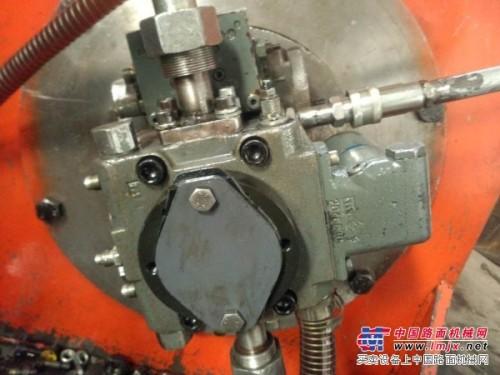 利勃海尔挖掘机力士乐回转泵维修校验