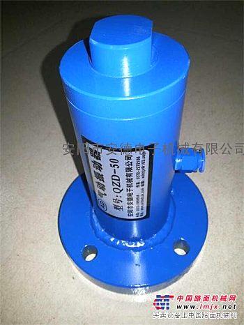 活塞式气动振动器,直线式气动振动器,往复式气动振动器