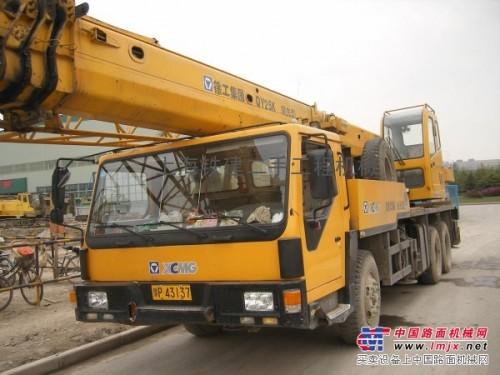 常年转让二手徐工、三一、中联、浦沅等8-50吨吊车