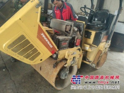 大修戴纳派克CC900G双钢轮压路机及发动机供应