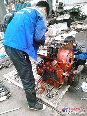 武汉市林德叉车道依茨风冷发动机专业维修