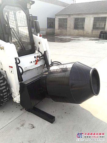 供应滑移装载机上的水泥搅拌器,装载机铲斗搅拌器,滚筒搅拌器