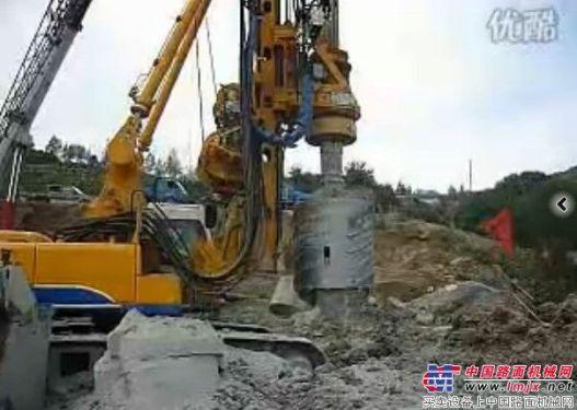 宝峨BG25C旋挖钻机在山西临汾钻岩