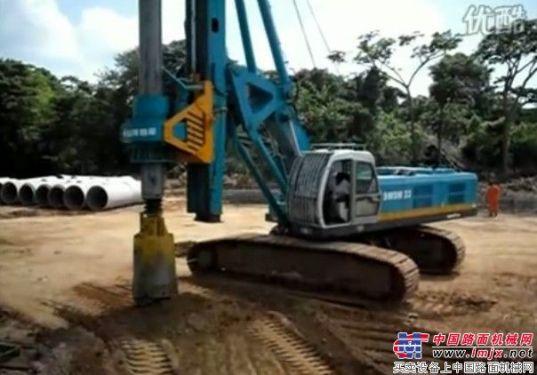 山河智能旋挖钻机在委内瑞拉TINACO-ANCO铁路K266920大桥施工