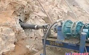 四川锚固钻机云南管棚钻机大理潜孔钻机