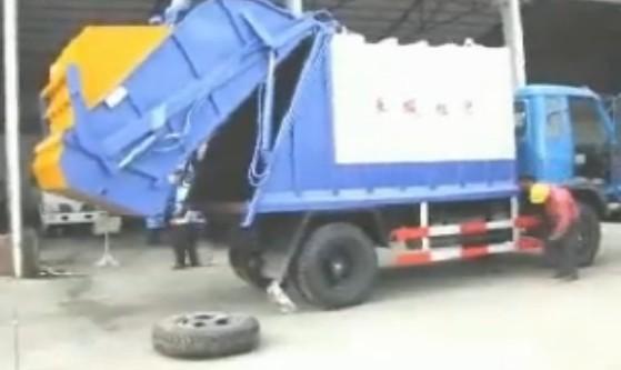 压缩垃圾车操作方法