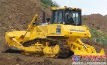 小松在INTERMAT 2012推出的最新的D65推土机