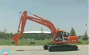斗山挖掘机操作保养