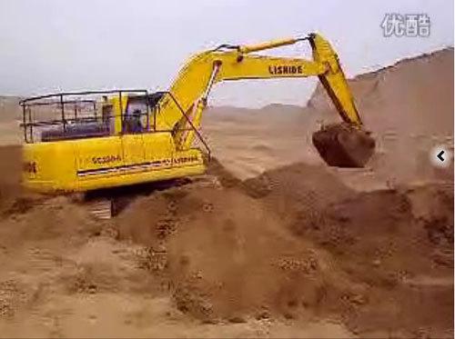 力士德挖土作业