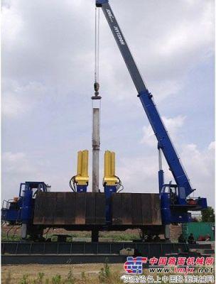 恒天九五1200吨静力压桩机盐城施工