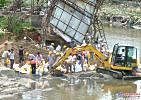 北京暴雨工程机械救灾纷纷显神力