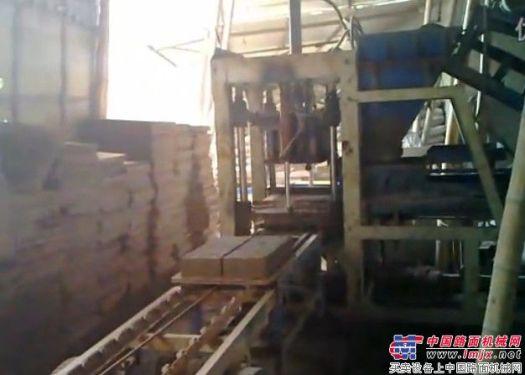 水泥磚機 制磚機 泉州磚機 華源磚機HY3-20半自動磚機