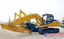 中联重科首台符合欧Ⅲ排放标准挖掘机ZE230-9下线