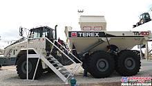 特雷克斯TA400铰接式卡车