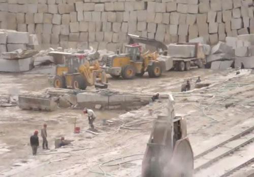 厦金机械16吨叉装车矿山大集团施工视频