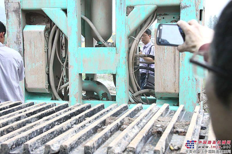 金泰雙輪銑sx40產品施工觀摩現場
