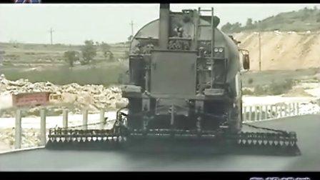奥邦12T智能沥青洒布车现场施工视频