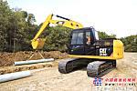 新型 Cat®313D 2 系列液压挖掘机