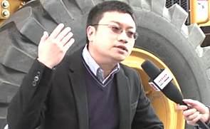 中国路面机械网对话成工品牌经理游宇