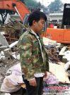 云南鲁甸6.5级地震日立挖掘机现救援现场