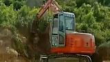 劲工挖掘机工作视频表演