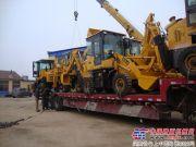 全工机械16台挖掘装载机一次性出口外蒙古