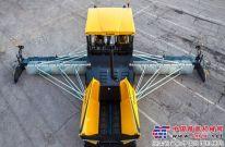 宝马格13米的机械式熨平板摊铺机闪耀宝马展