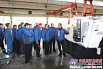 陕建机械俩车间开展迎新年联谊活动
