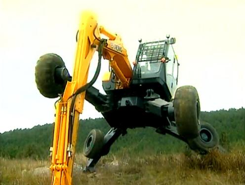这个比变形金刚还要叼!还得看徐工ET110步履式挖掘机