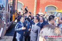 向文波:總理與我聊挖機