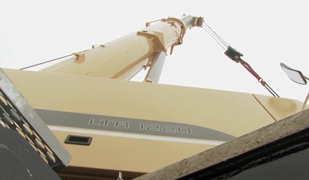 利勃海尔 LTR 1220履带起重机自我组装全过程
