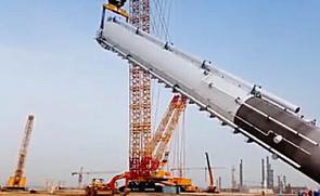 徐工世界最大起重机起吊现场