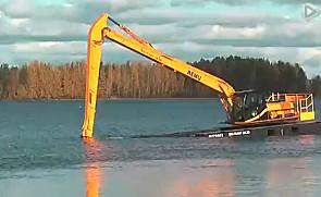 杰西博(JCB) JS220水上挖掘机