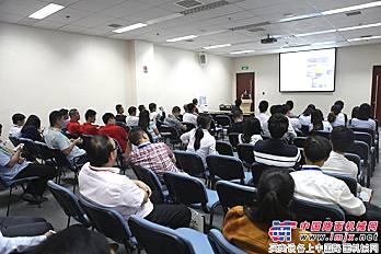 """""""互联网+工程机械数字营销与移动电商分享""""会议"""