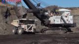 巨型挖掘机怪兽施工视频,太震撼了!