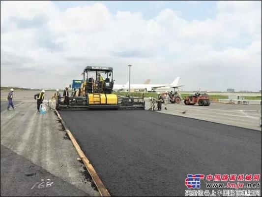 住友摊铺机助力日本东京国际机场建设