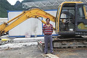 大新高速公路服务区建设项目:用户刘木业和他的玉柴挖掘机