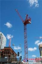 北美承包商选择波坦MR418塔机完成拥挤工况下高层项目的吊装工作
